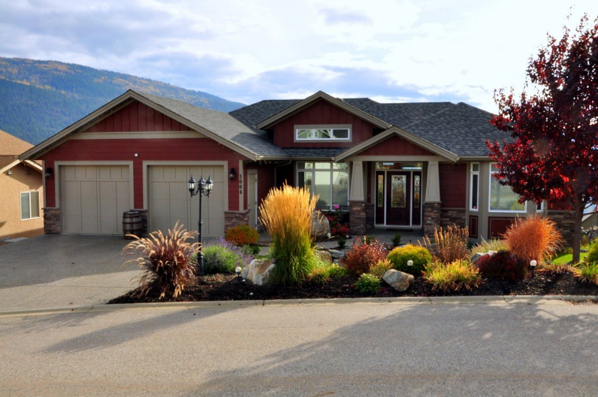 Foothills homes, new home builds by Parsons Family Homes