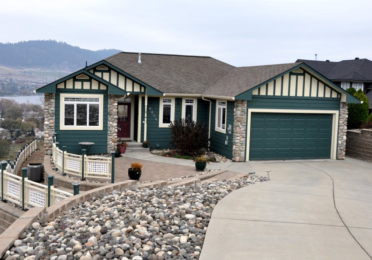 Lakeridge Home build in Vernon by Parsons Family Homes